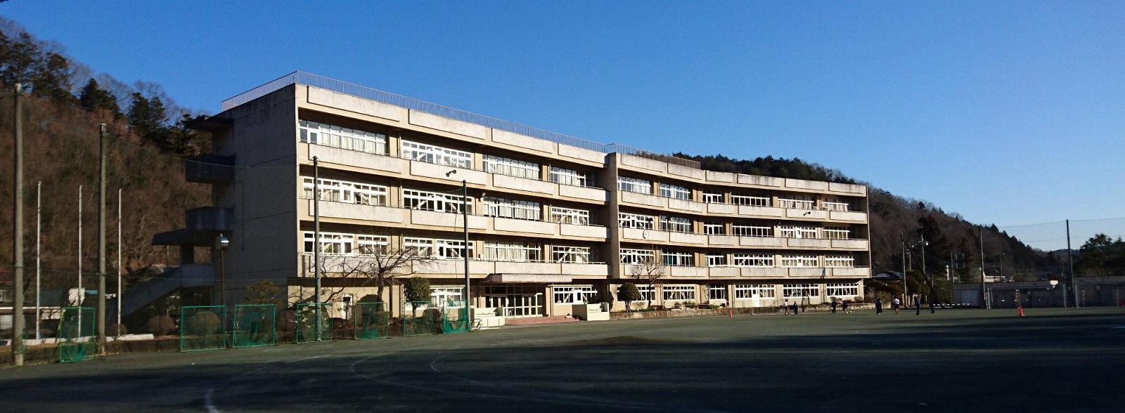 青梅市立第六中学校